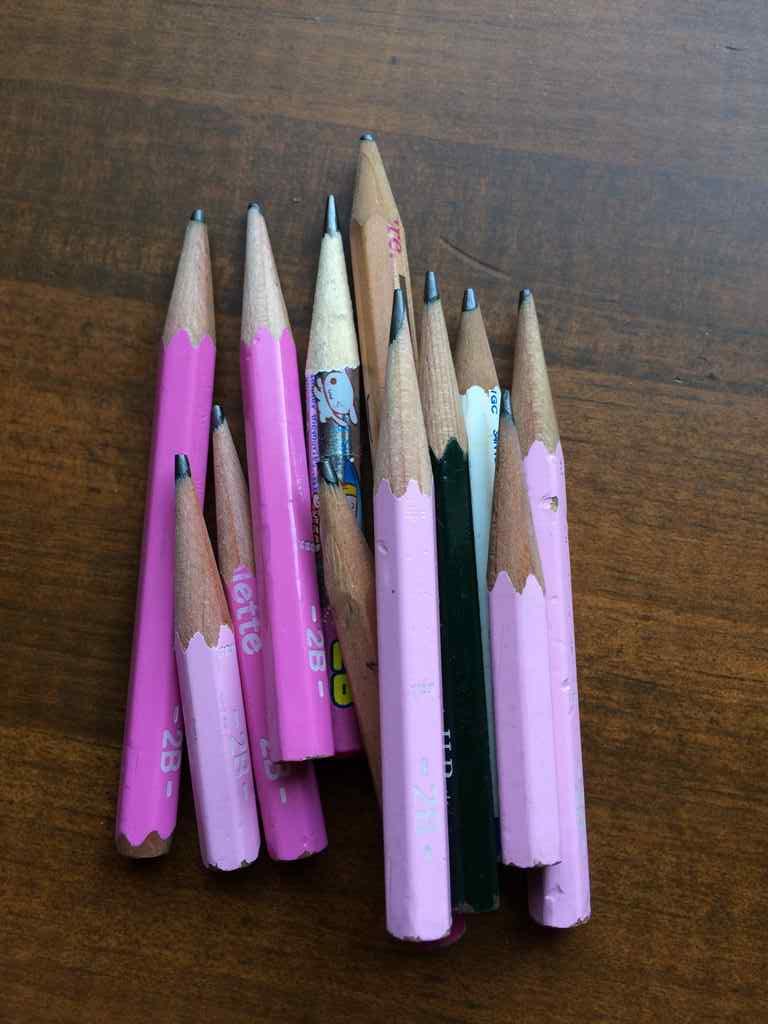 鉛筆の小さいやつ